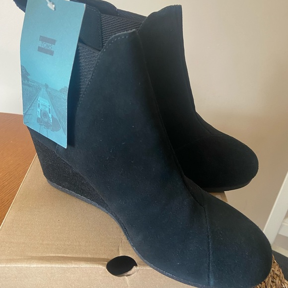 Toms Kelsey Ankle Wedge